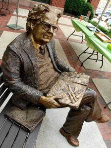Statue of Northrop Frye